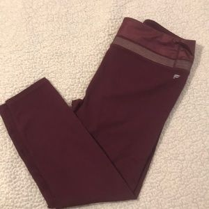 Fabletics High-waisted Powehold Shine capris